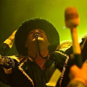 Fuerza Bruta explota el Verano 2017! Brasil + Carnaval con todo en el Recoleta!